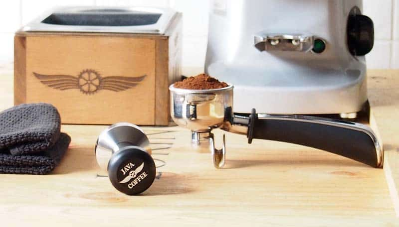 can i grind coffee beans in a ninja blender